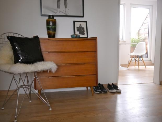 2 zimmer wohnung mit midcentury flair in m nster c. Black Bedroom Furniture Sets. Home Design Ideas