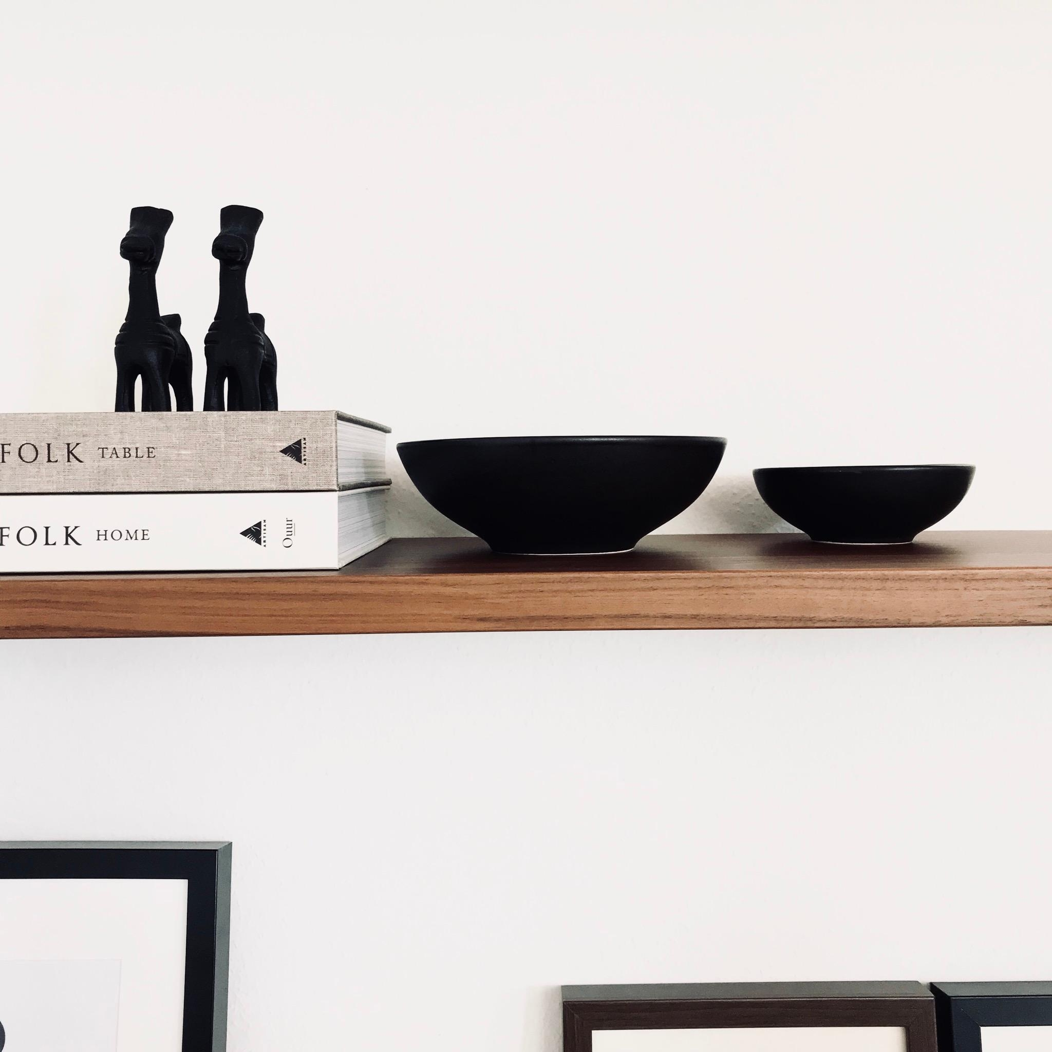 A little shelfie never killed nobody.