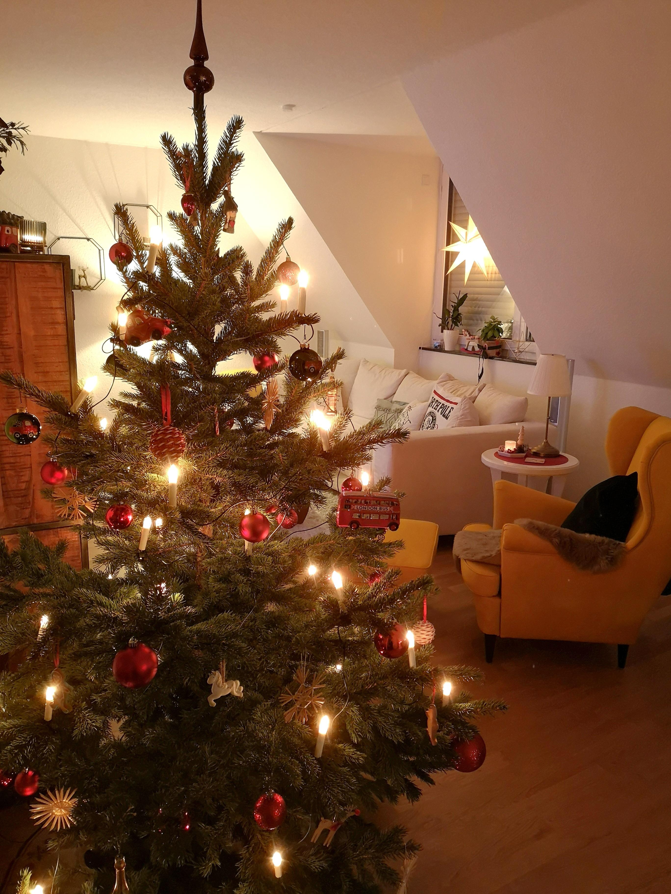 A little #throwback to last #christmas #christbaum #weihnachten #cozytime #weihnachtsdeko