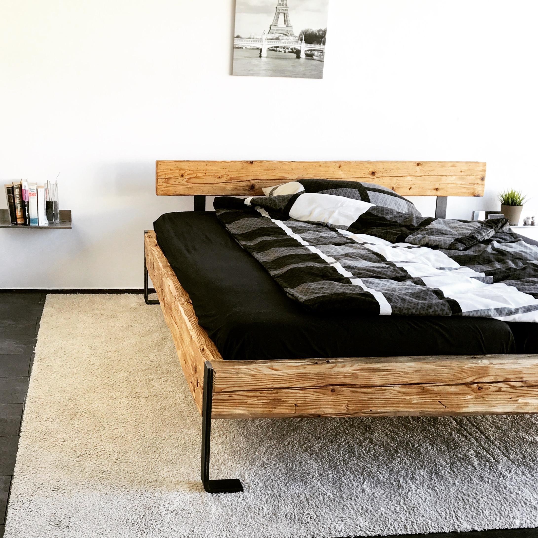 Emejing Gestaltung Schlafzimmer Platz Bett Gallery - Amazing Home ...