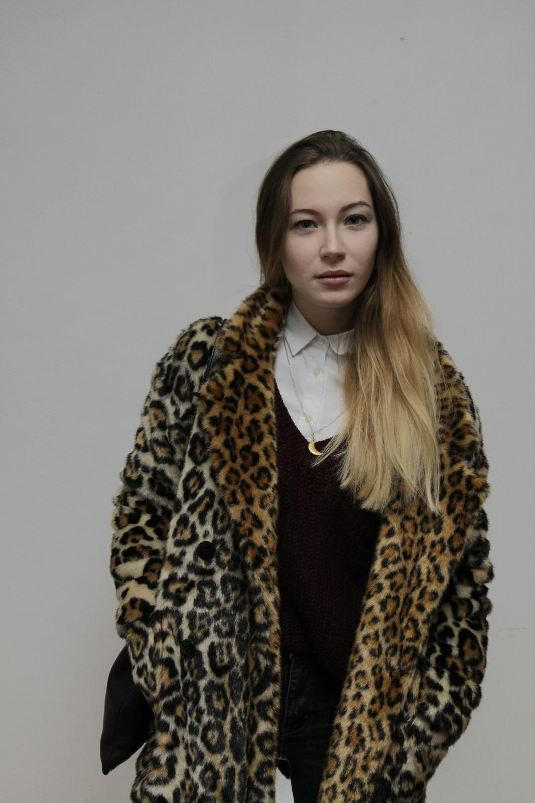 Absolutes lieblingsteil fuer kalte tage fashion outfit letstwashit itpiece fauxfur leopardcoat  6c3dff3f 72aa 4924 9b2b 559d91cb3ae7