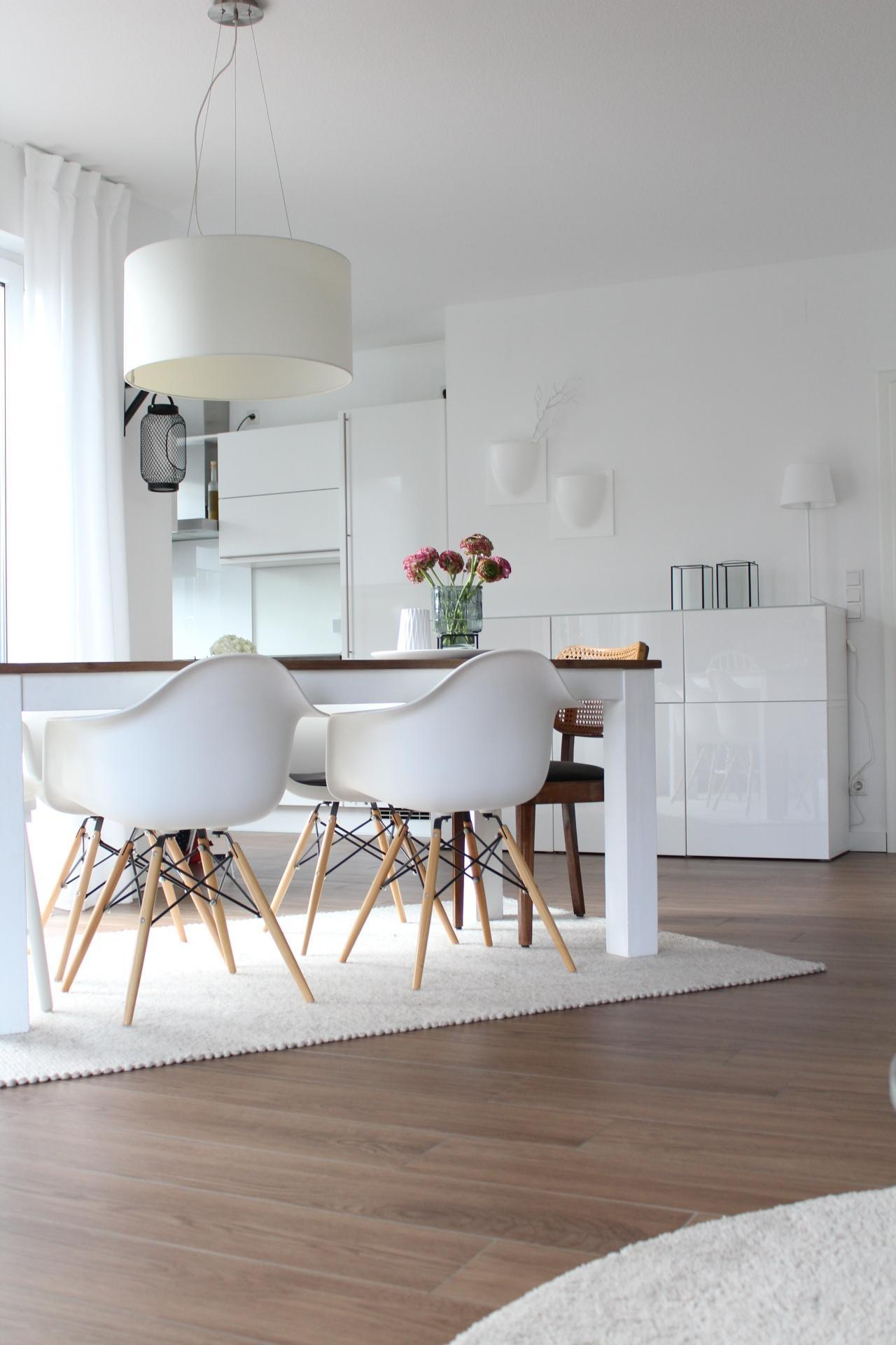 Addicted #whiteliving #wohneninweiss #scandi #whiteinterior