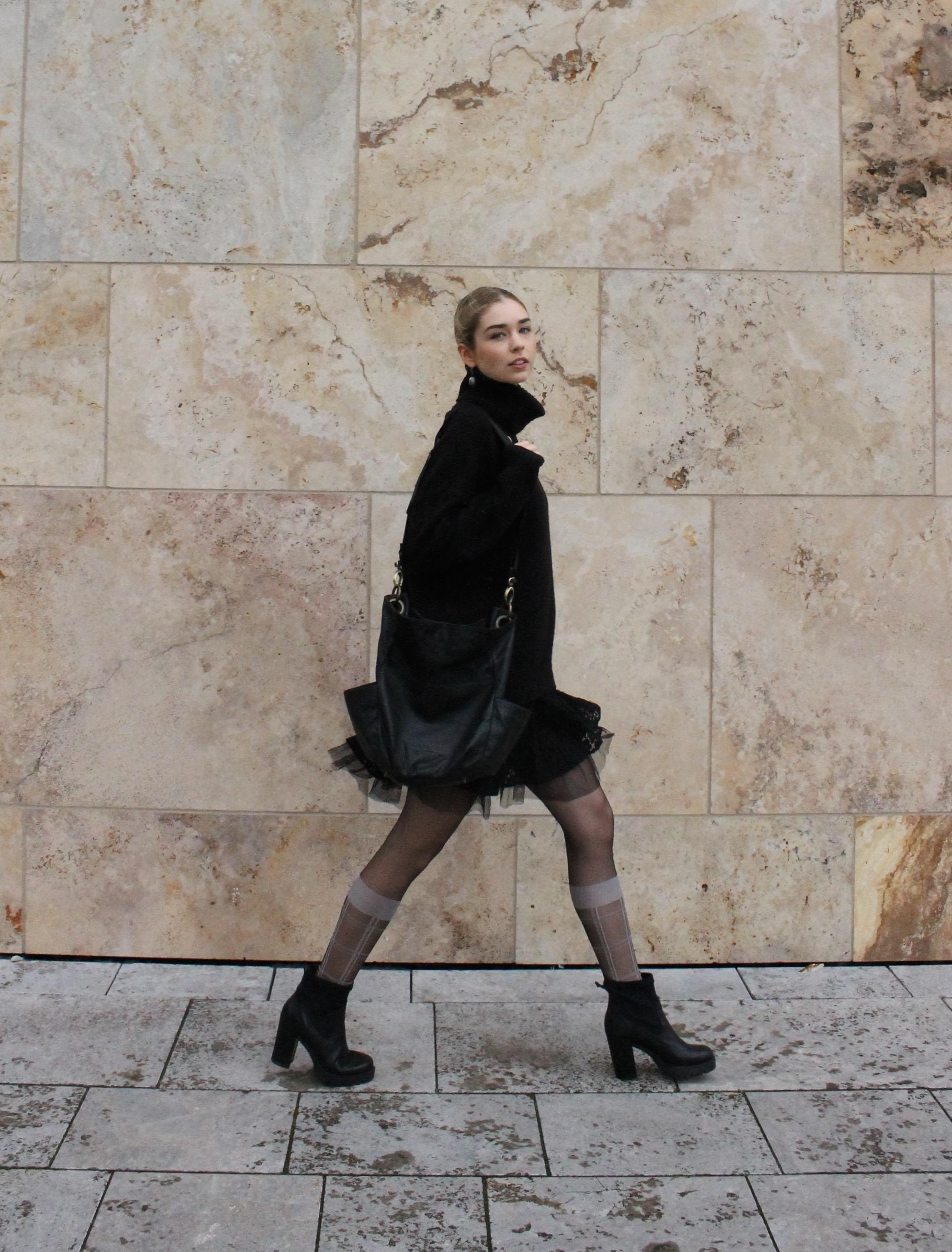 All Black Look für Herbst & Winter #ootd #darlingrina #allblack #lookbook #bloggerstyle #highfashion #fashionblogger