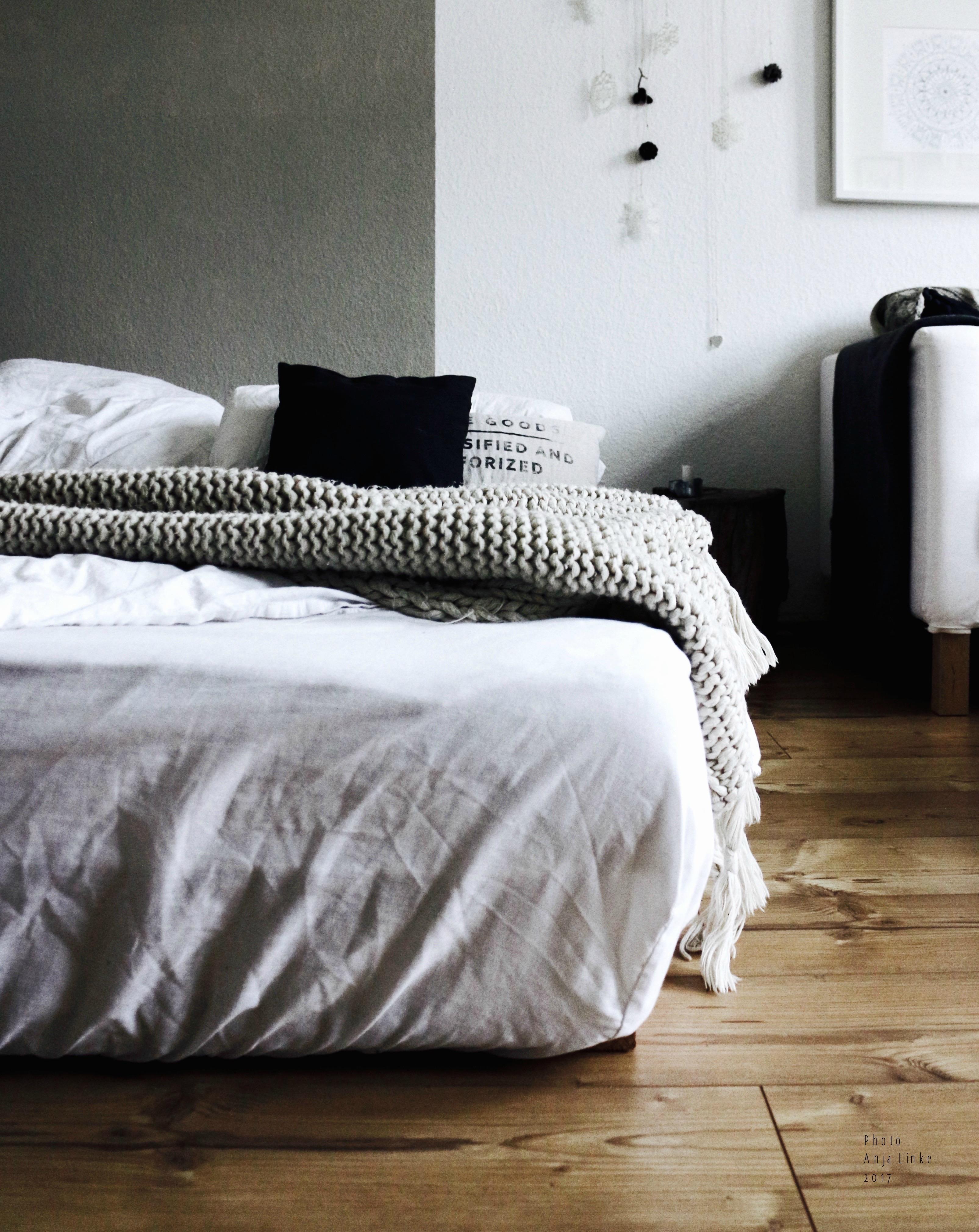 matratze bilder ideen couchstyle. Black Bedroom Furniture Sets. Home Design Ideas