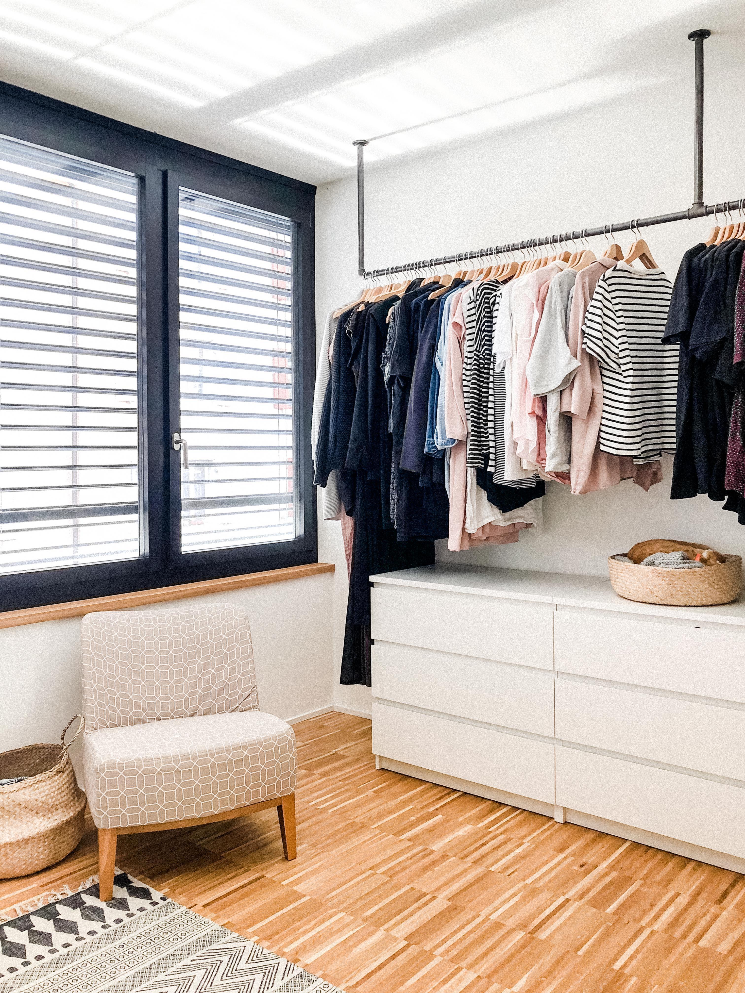 Wundervoll Ankleidezimmer Ideen Dekoration Von Ist Gleich Schlafzimmer Nur Die Vorhaenge Fehlen