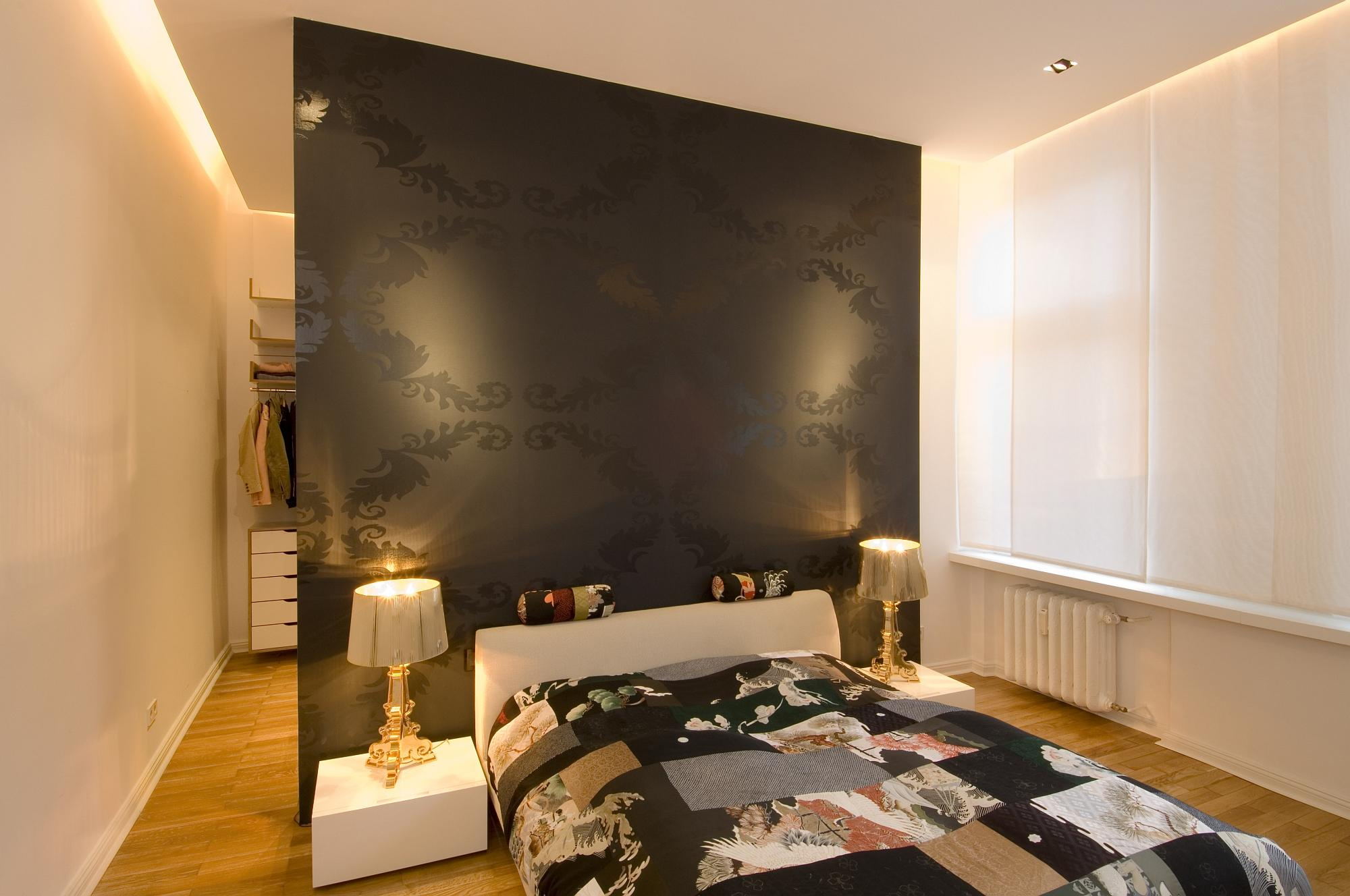 Apartment Berlin-Wilmersdorf #bett #tagesdecke ©www.berlinrodeo.com