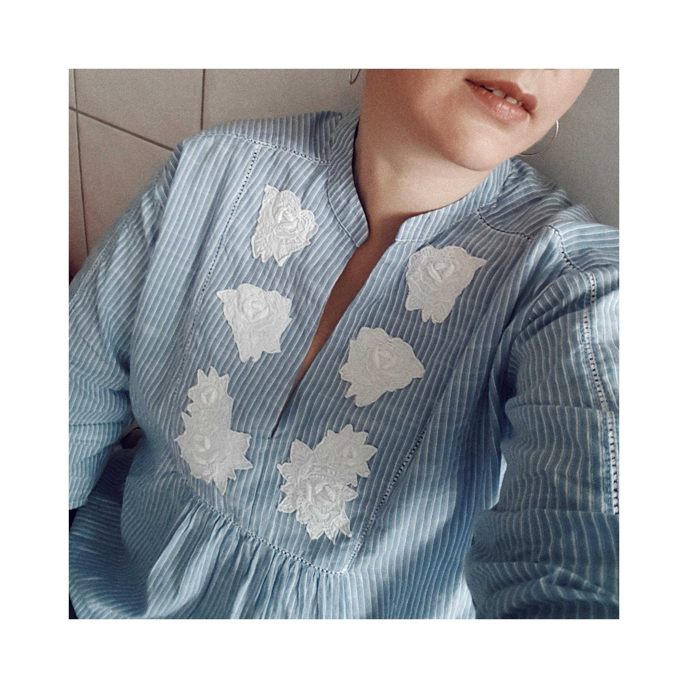 Applikationen 😍 #bluse #blau #gestreift #boho #fashion