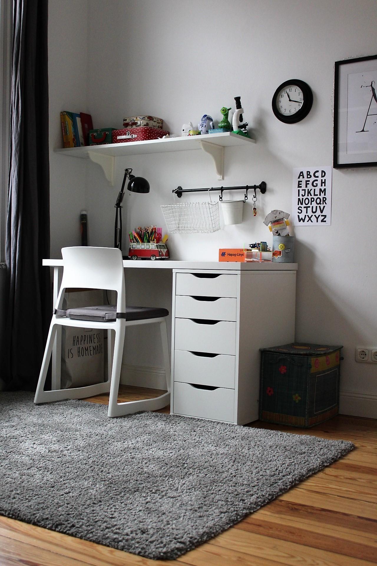 Arbeitsecke im Kinderzimmer. #Schreibtisch #Kinderzi...