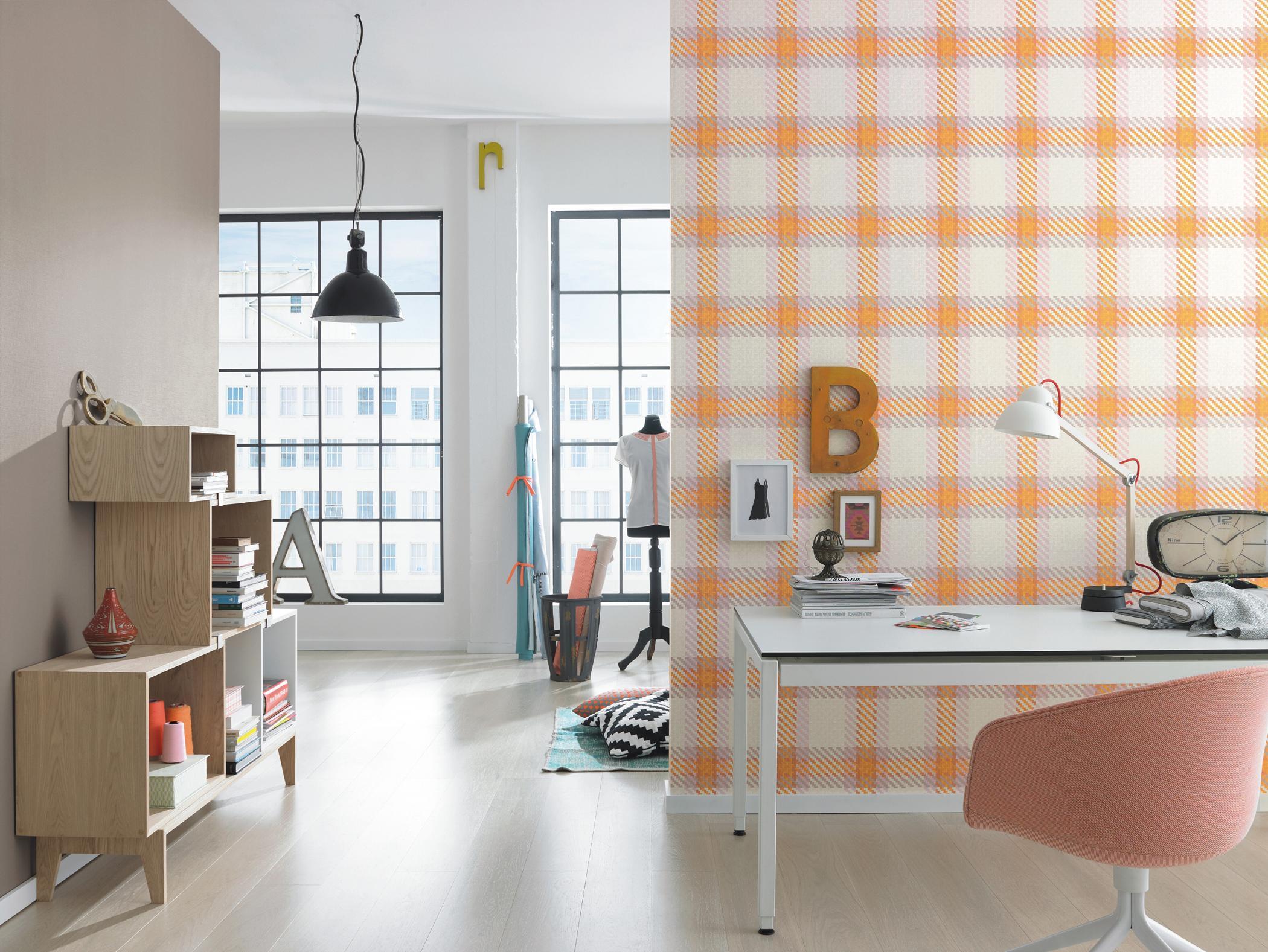 Arbeitszimmer gestalten  Arbeitszimmer gestalten mit Tapete im Karomuster #st...