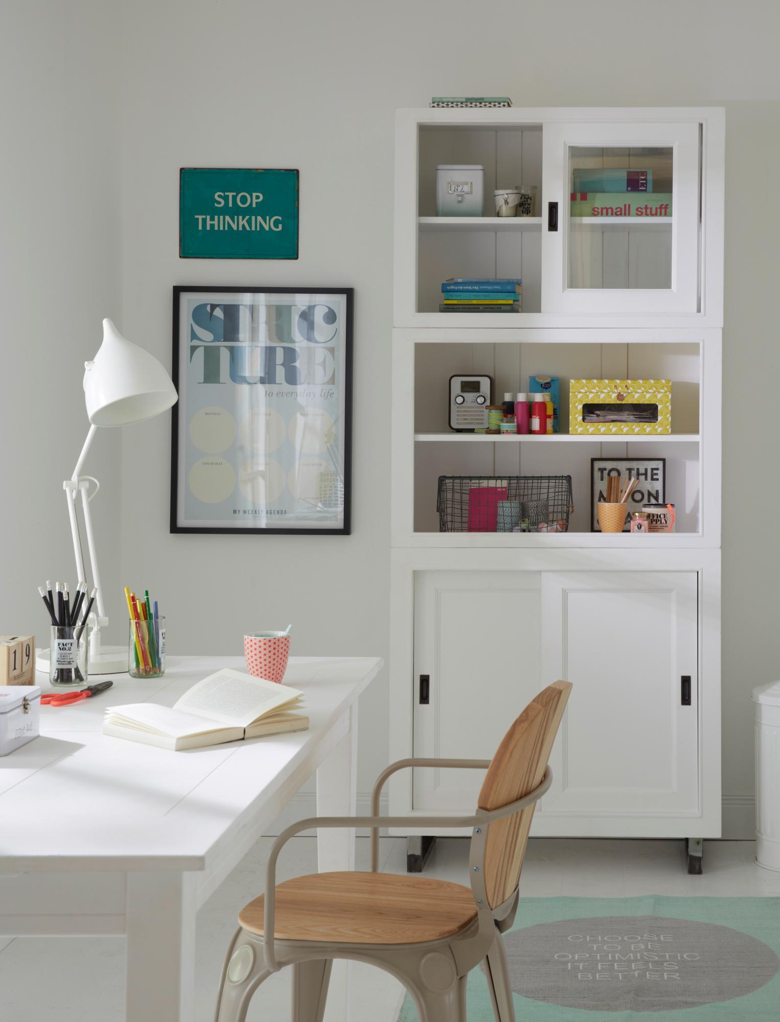 Arbeitszimmer Mit Weissen Moebeln Gestalten 60erjahre Schreibtisch Teppich  Schreibtischstuhl Holzschreibtisch Car Selbstbaumoebel F5bc325f 810a 40e0  Ac19