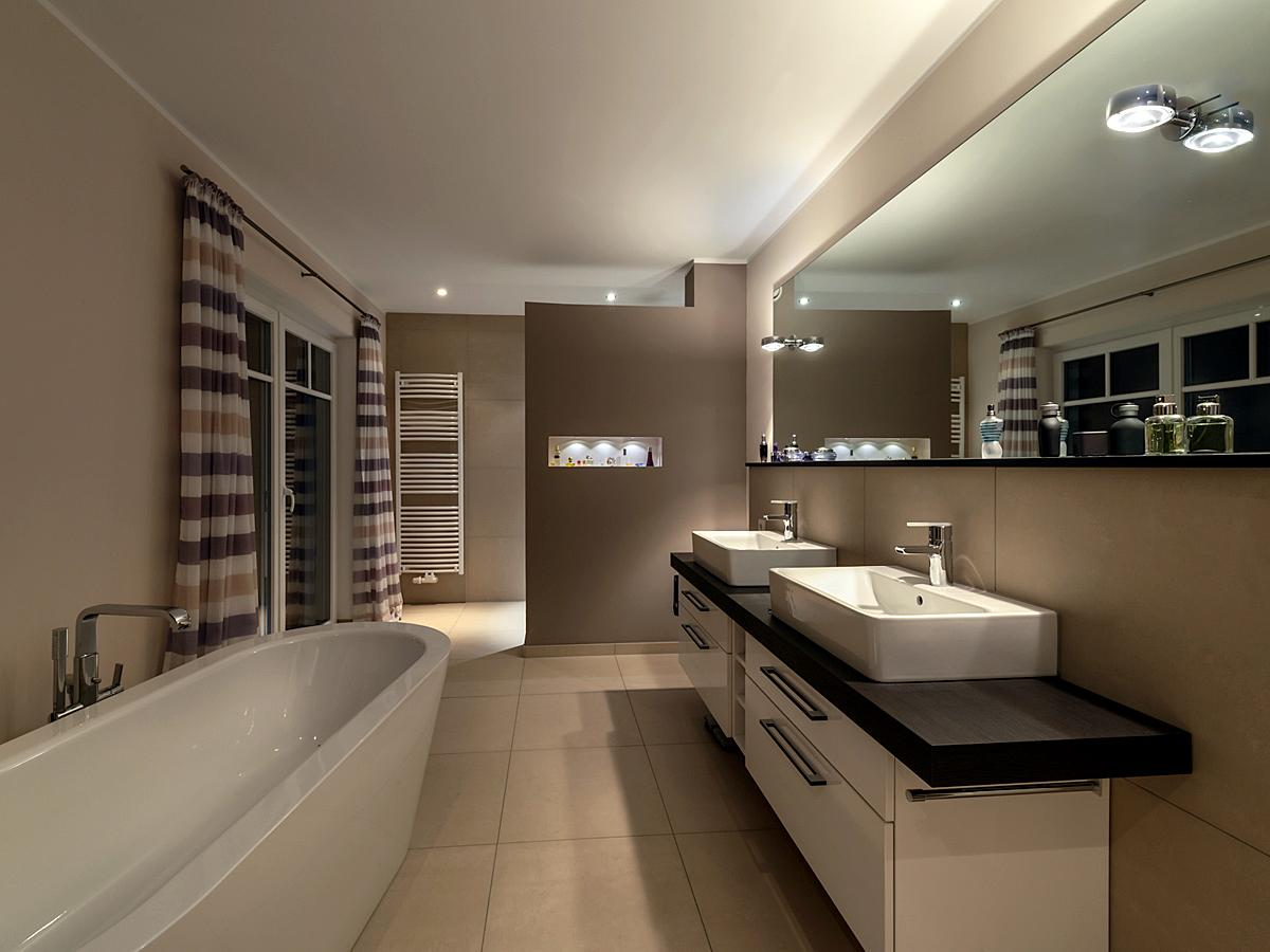 Badezimmer indirekte beleuchtung  Indirekte Beleuchtung und indirektes Licht • Bilder ...