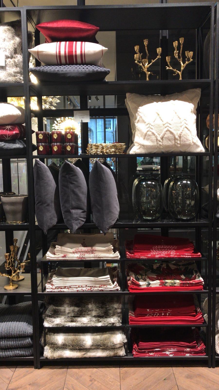 Auch Weihnachtsdeko Findet Ihr In Den Stores Und On