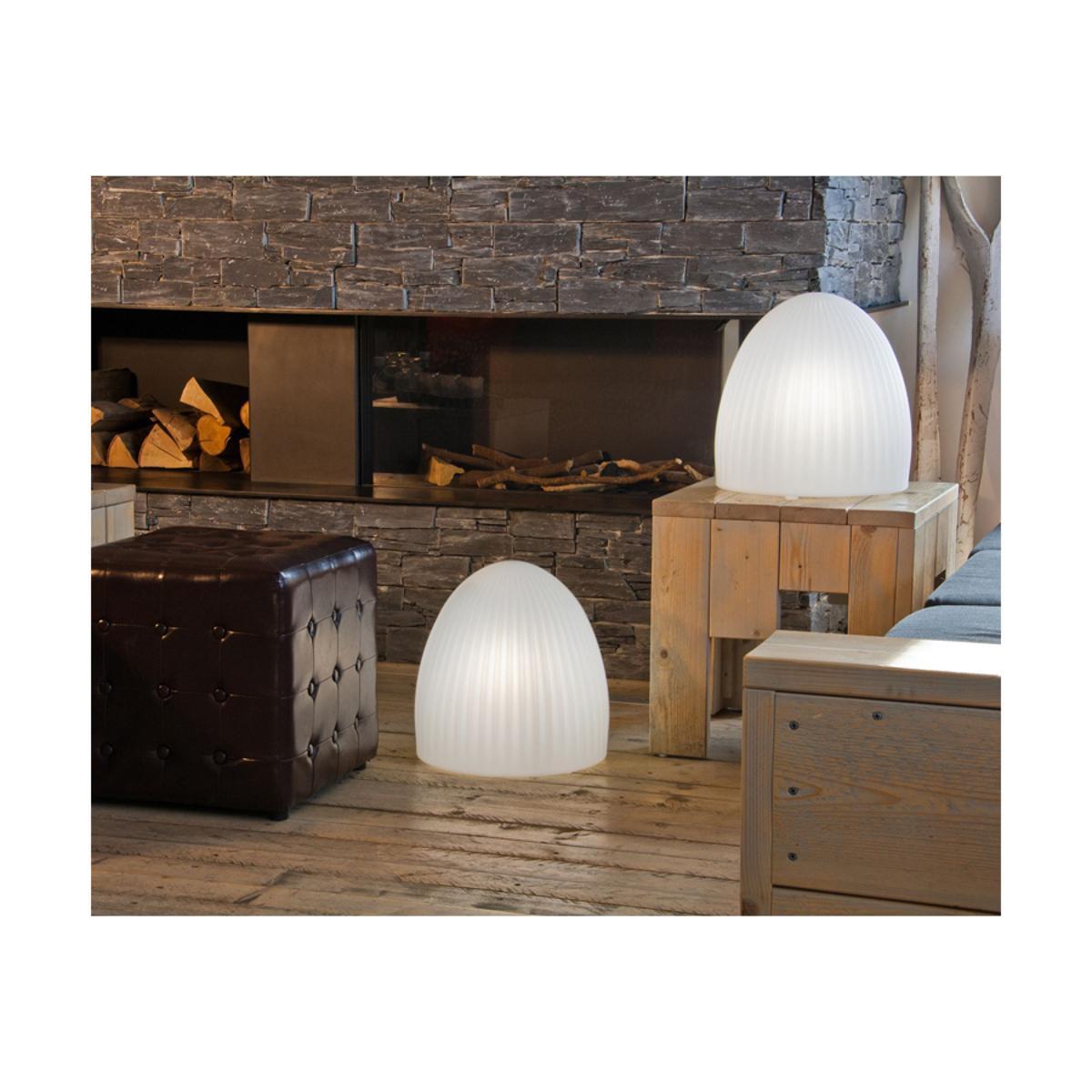 Außergewöhnliche Lampen Werten Jeden Raum Auf! #wohnzimmer #beleuchtung  #eyecatcher #außergewöhnlich ©