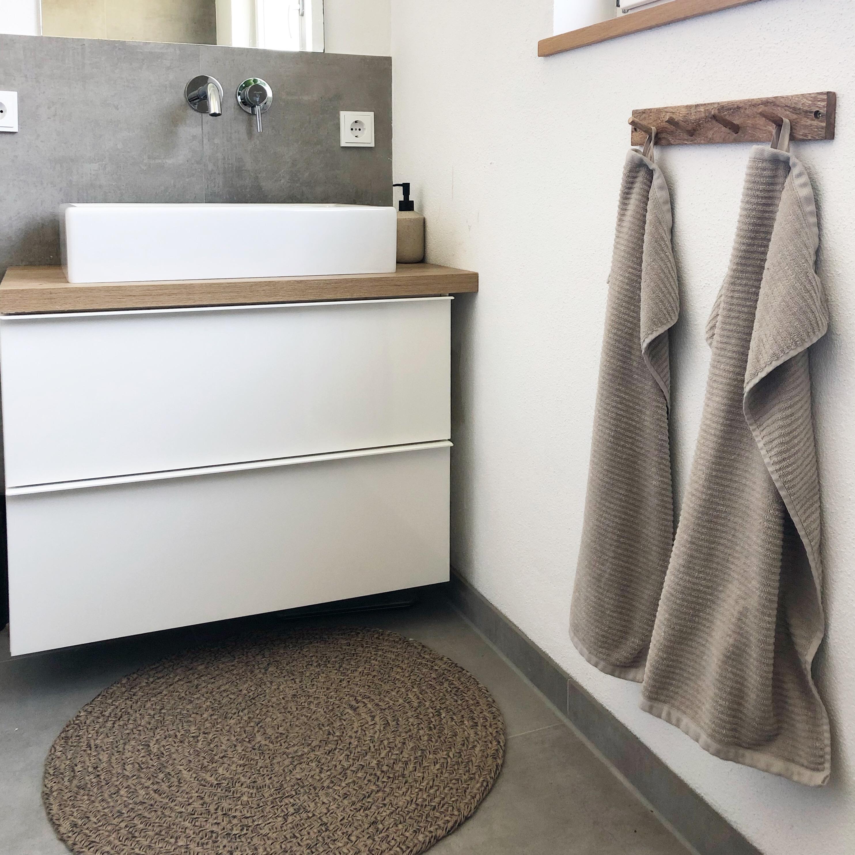 Waschbeckenunterschrank Stauraum schaffen mit COUCH