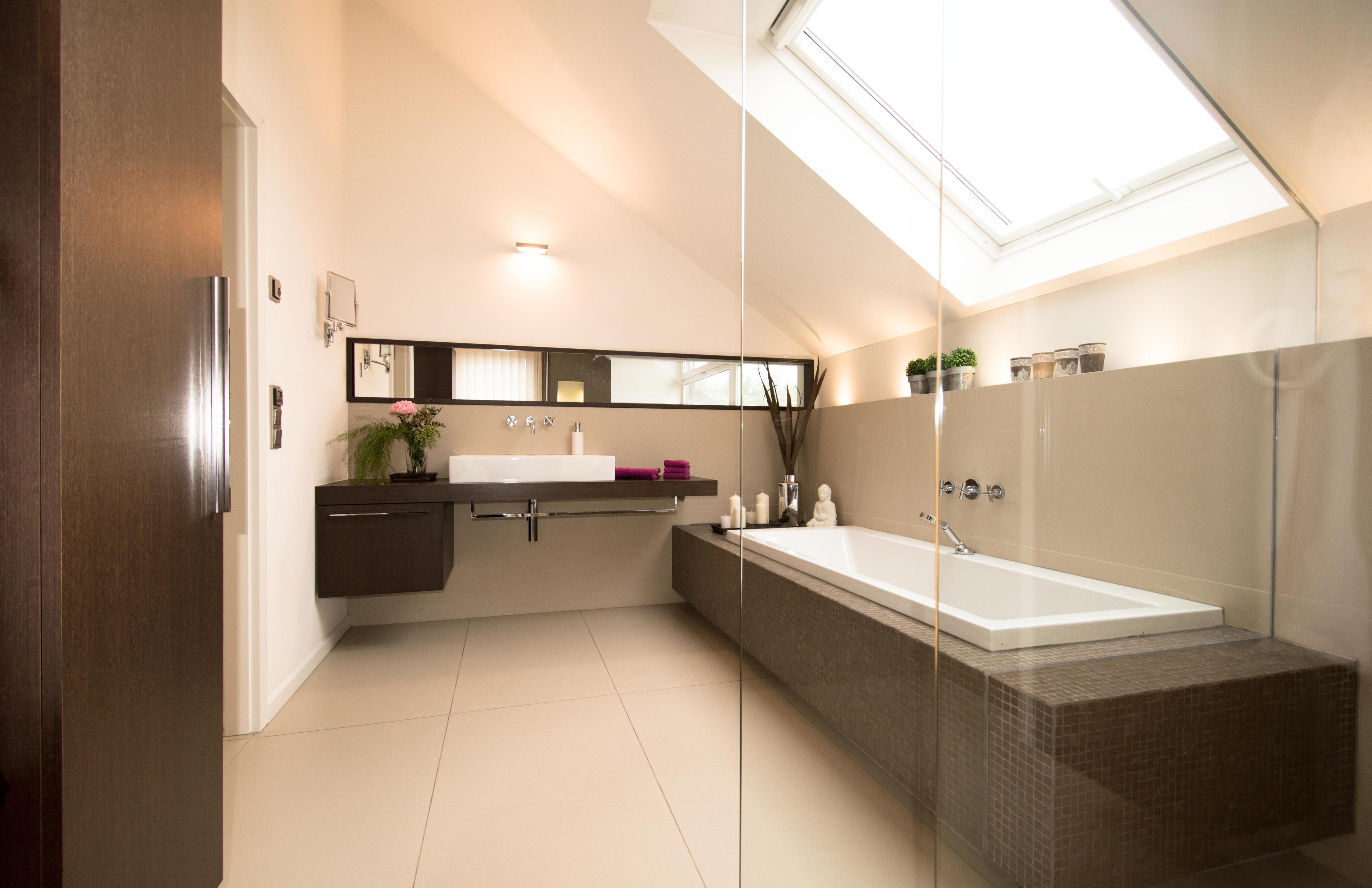 Badewanne Dachschräge badezimmer dachschräge badewanne waschtisch dach