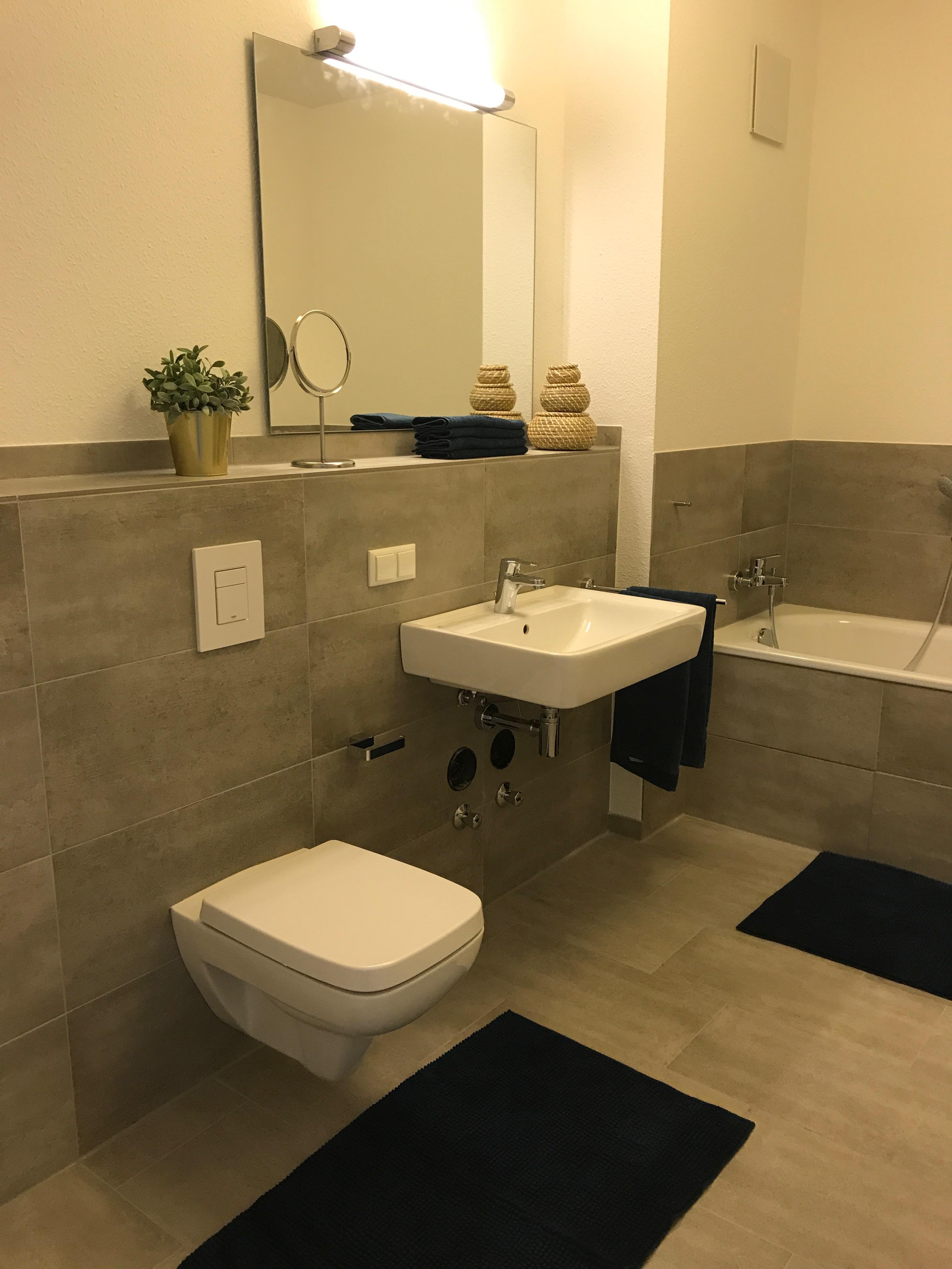 badezimmer grau wei, graues badezimmer • bilder & ideen • couch, Design ideen