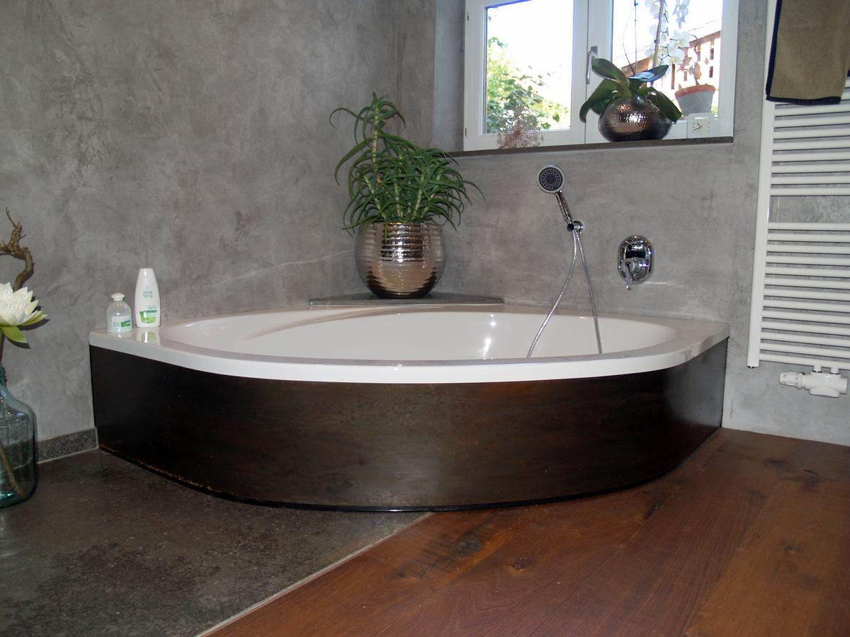 eckbadewanne bilder ideen couchstyle. Black Bedroom Furniture Sets. Home Design Ideas