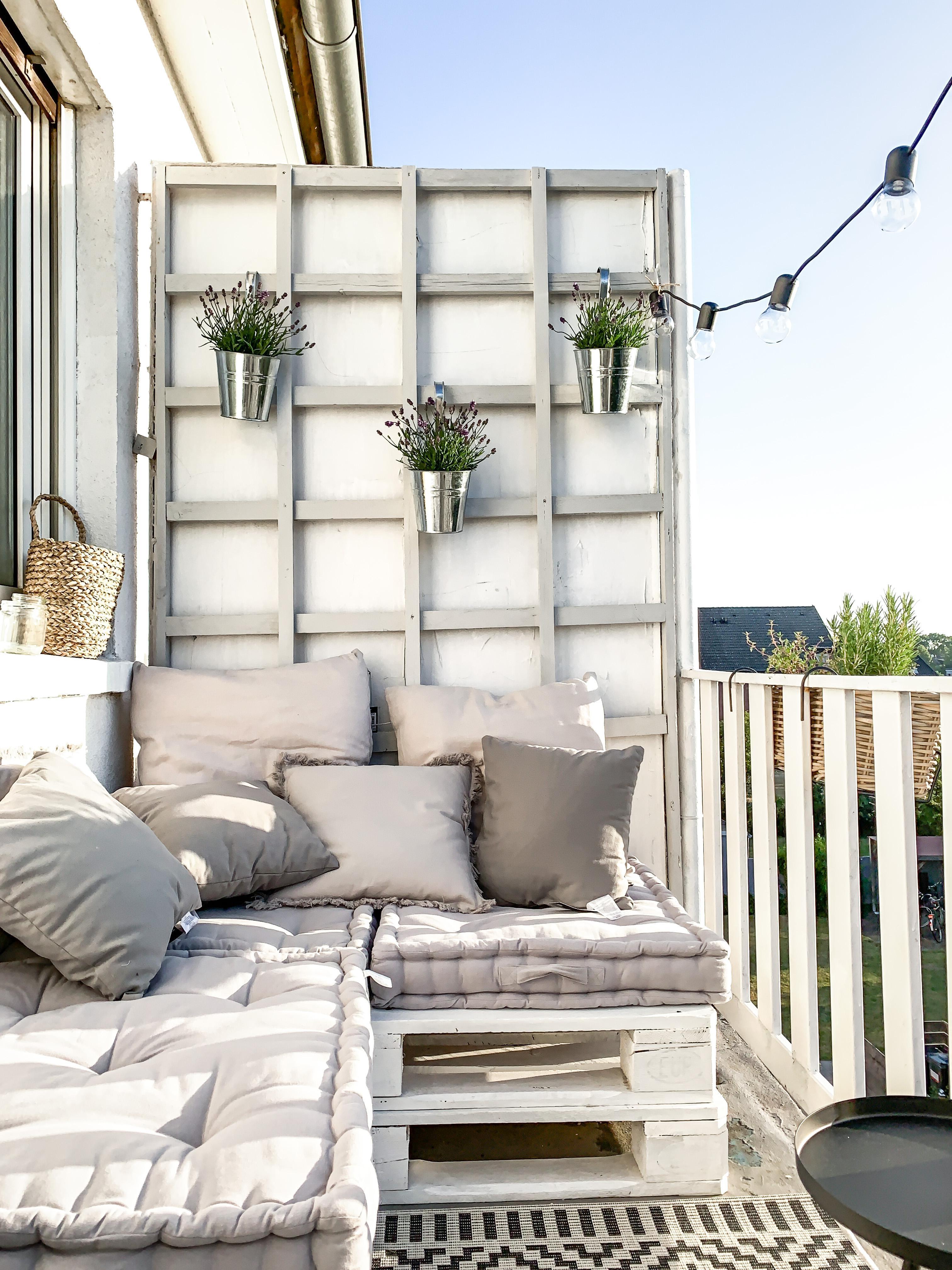 Balkon liebe 🤍🤍🤍 balkon balkonien outdoor lichte...
