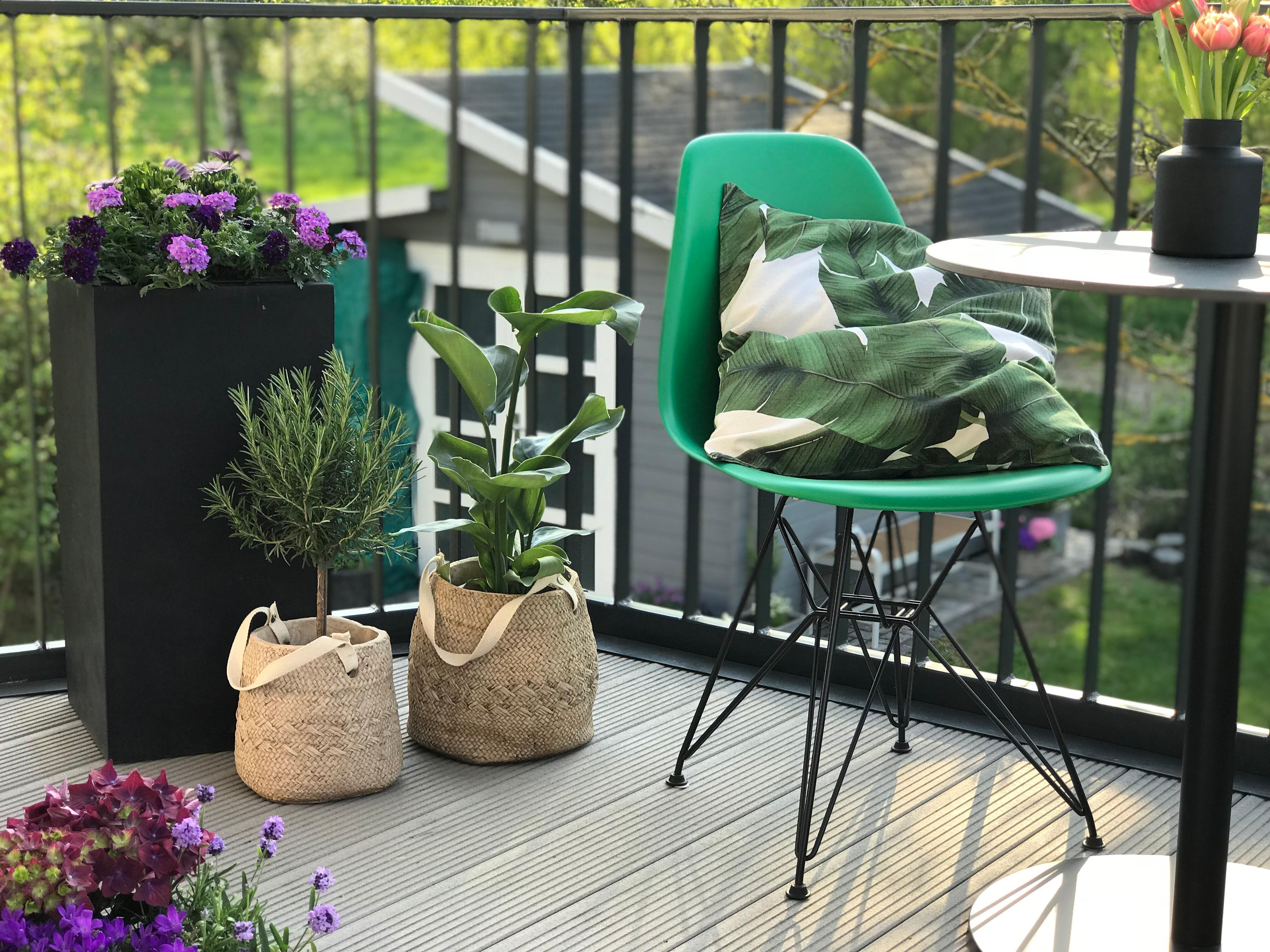 balkon #vitra #eames #garten #terrasse #gartendeko
