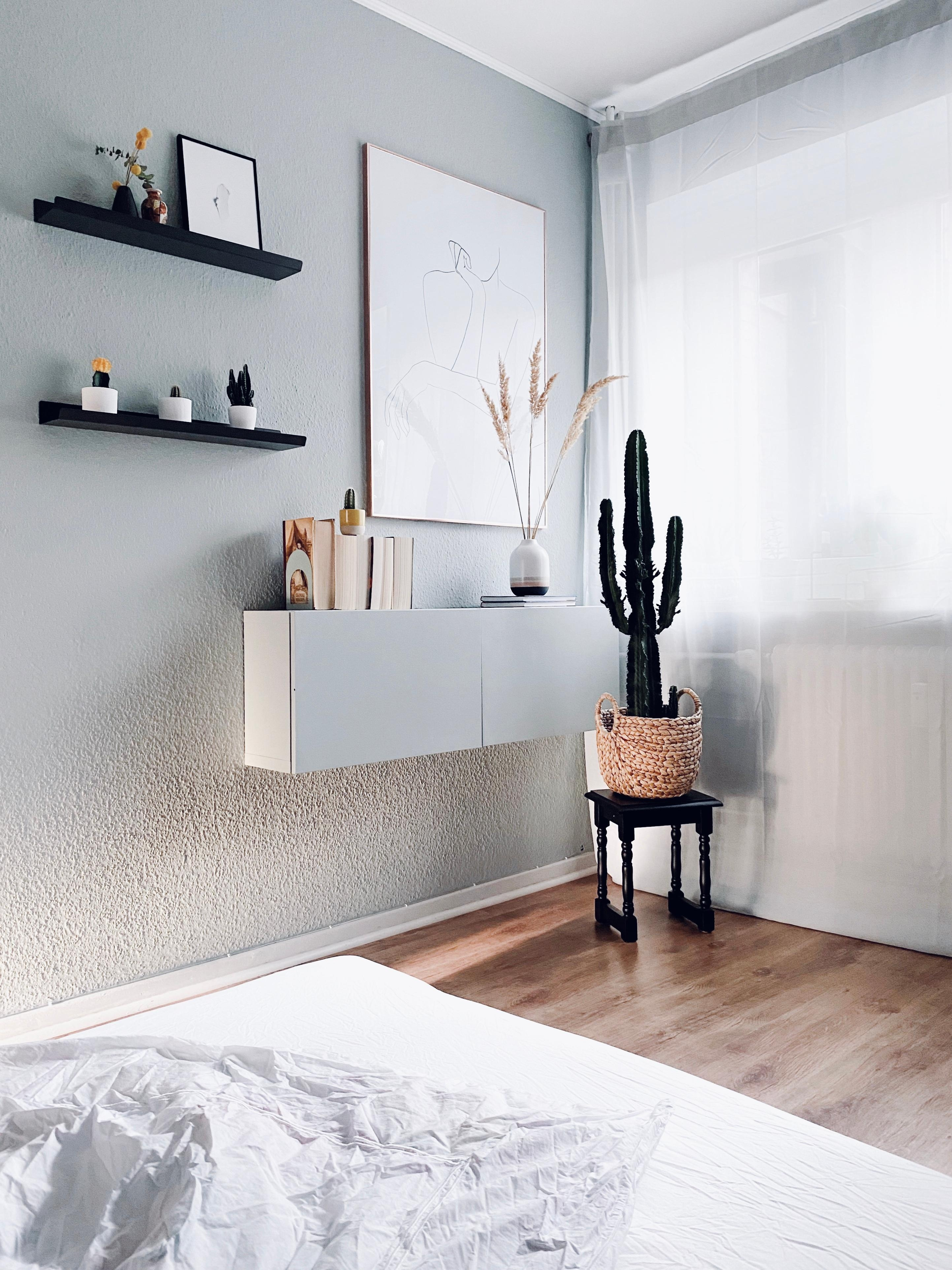 #bedroom #bedroominspo #minimalism #mynordichome #interior #hygge #mynordicroom #scandinavianliving #kaktuslover