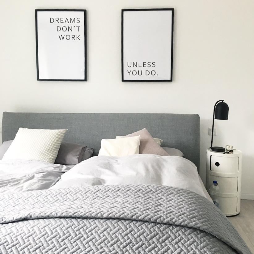 Bedroom #schlafzimmer #bedroom #whiteliving #blackandwhite #hygge #scandinaviandesign #design #goodmorning