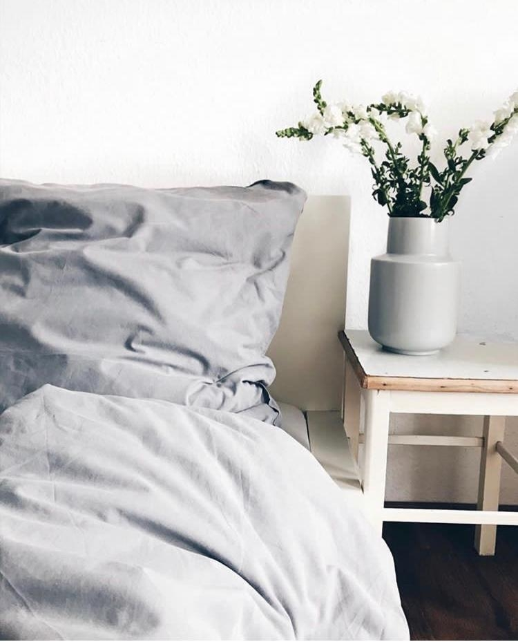 #bedroom #schlafzimmer #cozy #blumen #interior #home #living #homesweethome #couchliebt