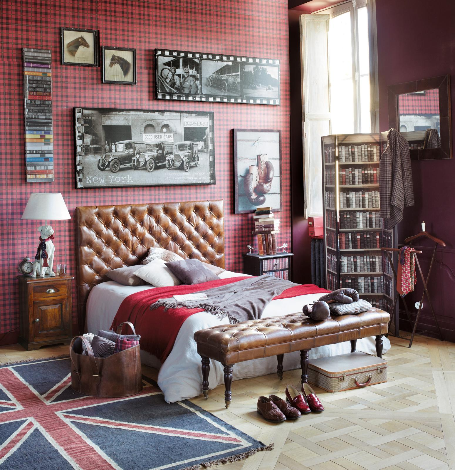 Bett im Chesterfield-Look #paravent ©Maisons du Monde