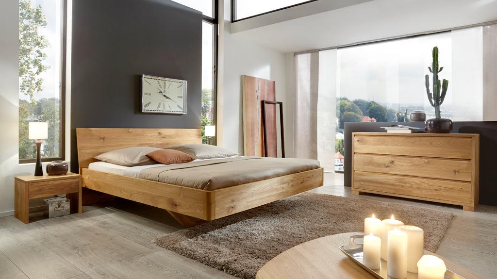 Bett VITA in Wildeiche #holzmöbel #sideboard #massivholzbett ©MM Collection