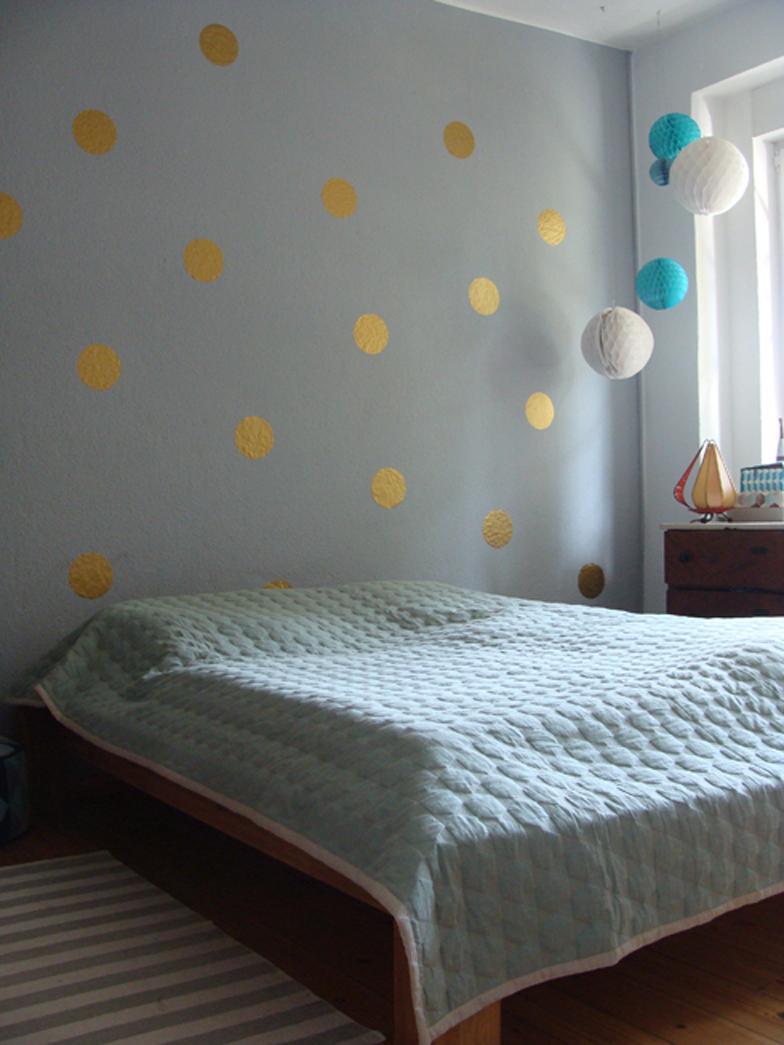 Bett Mit Minimalistisch Grauem Design Bilder Best Bett Mit