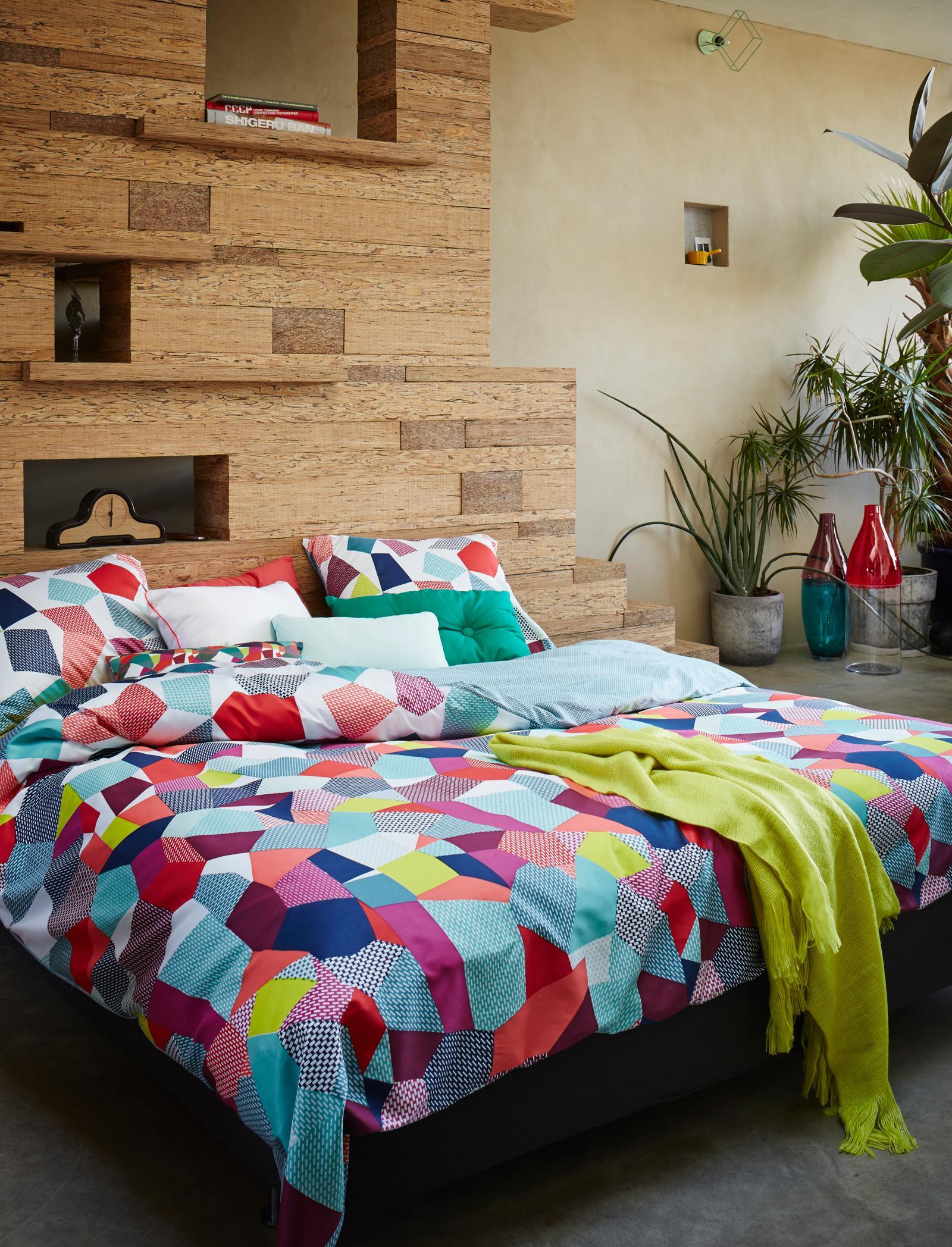 beige wandfarbe bilder ideen couch. Black Bedroom Furniture Sets. Home Design Ideas