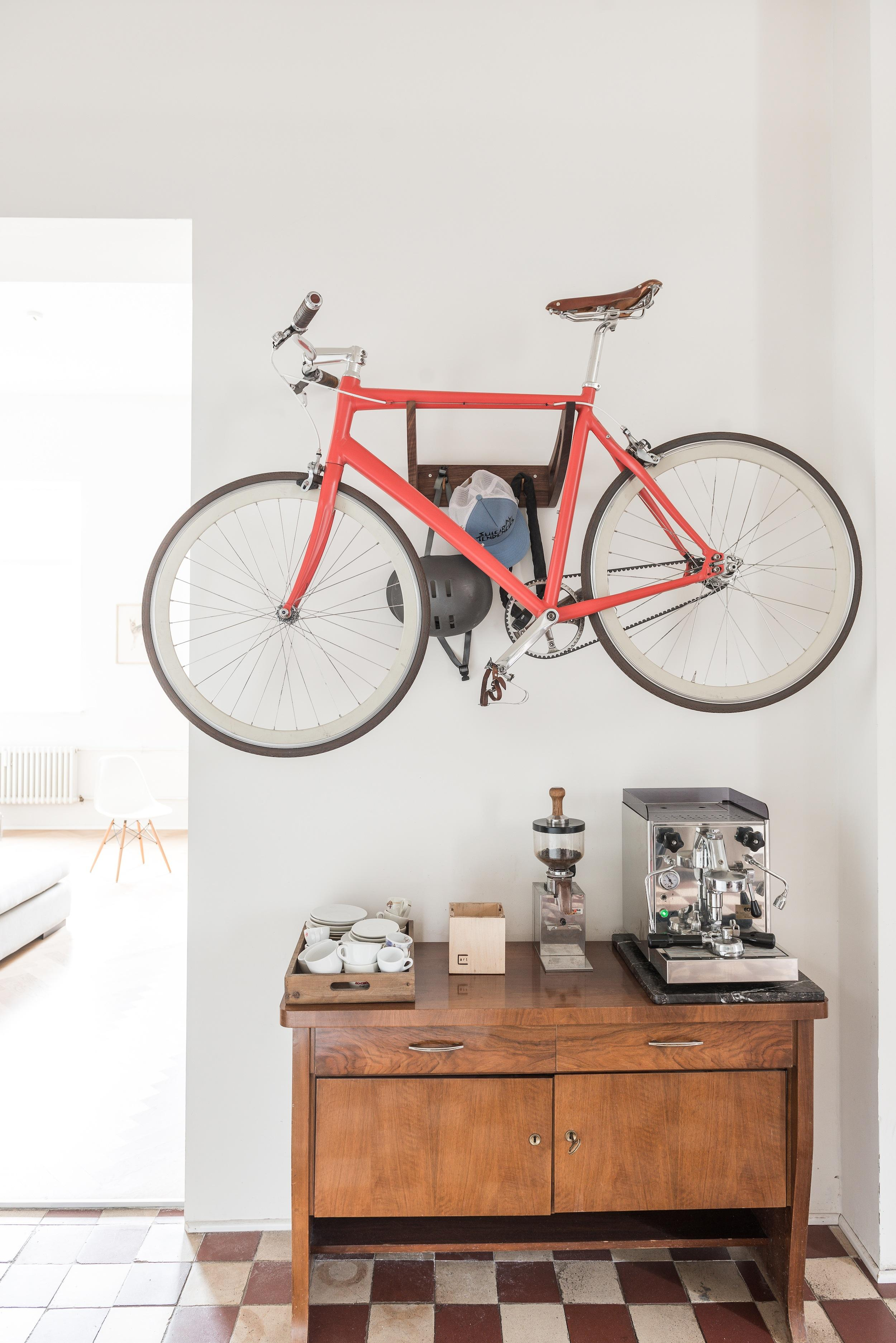 fahrradaufh ngung bilder ideen couchstyle. Black Bedroom Furniture Sets. Home Design Ideas