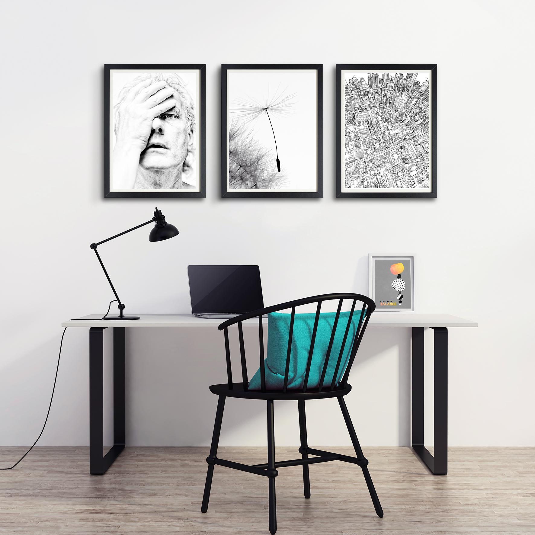Wandgestaltung Büro bilder aufhängen in einer reihe büro arbeitsplatz