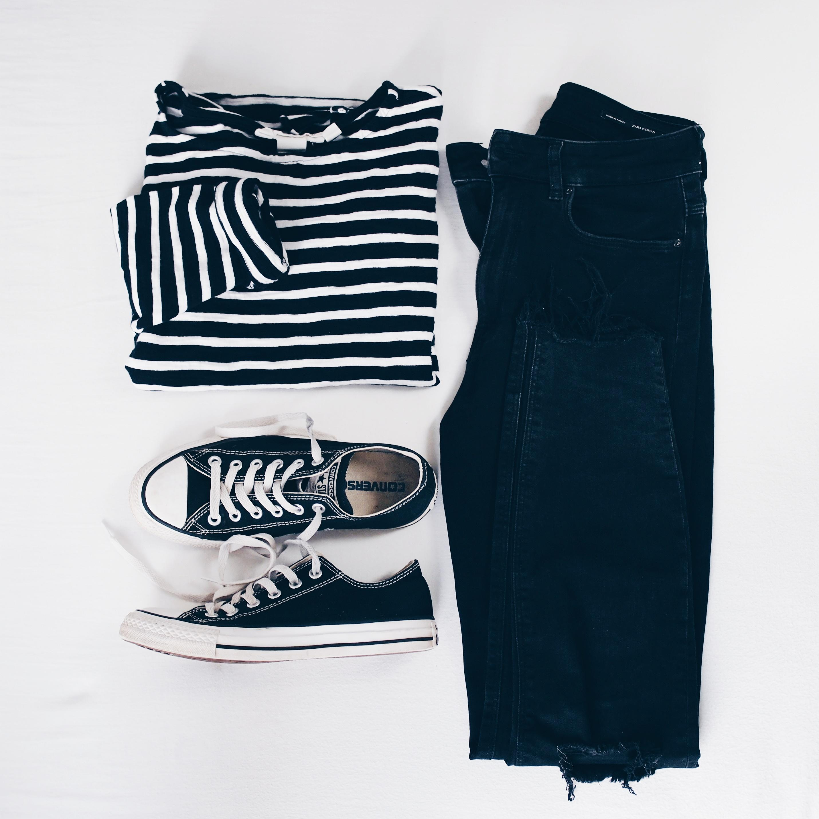 Black & white 🗯️ #ootd #fashion #flatlay #fashioninspo