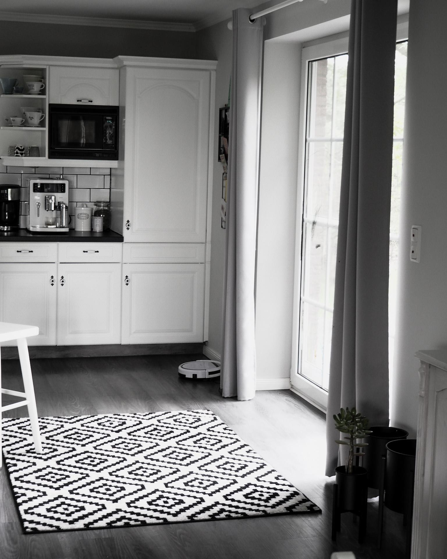 Black and white I love it #kitchen
