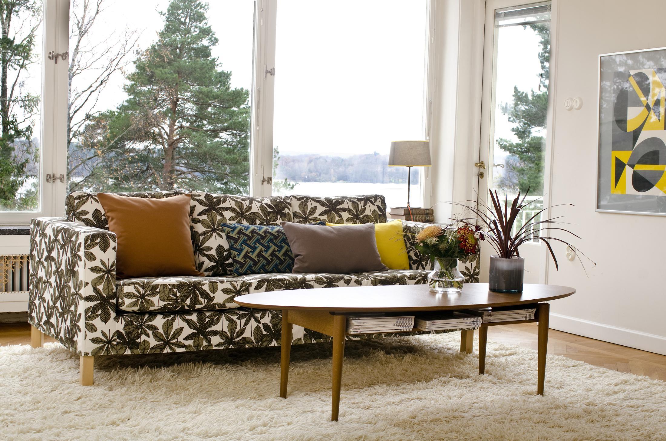 Kariertes sofa bilder ideen couchstyle for Holztisch ikea