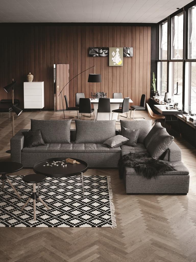 BoConcept Wohnzimmer Stuhl Couchtisch Beistelltisch Teppich Sofa Lampe