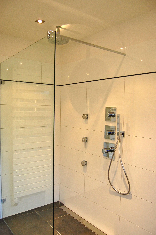 Bodengleiche dusche dusche jacqueline minderjahn b for Bodengleiche dusche