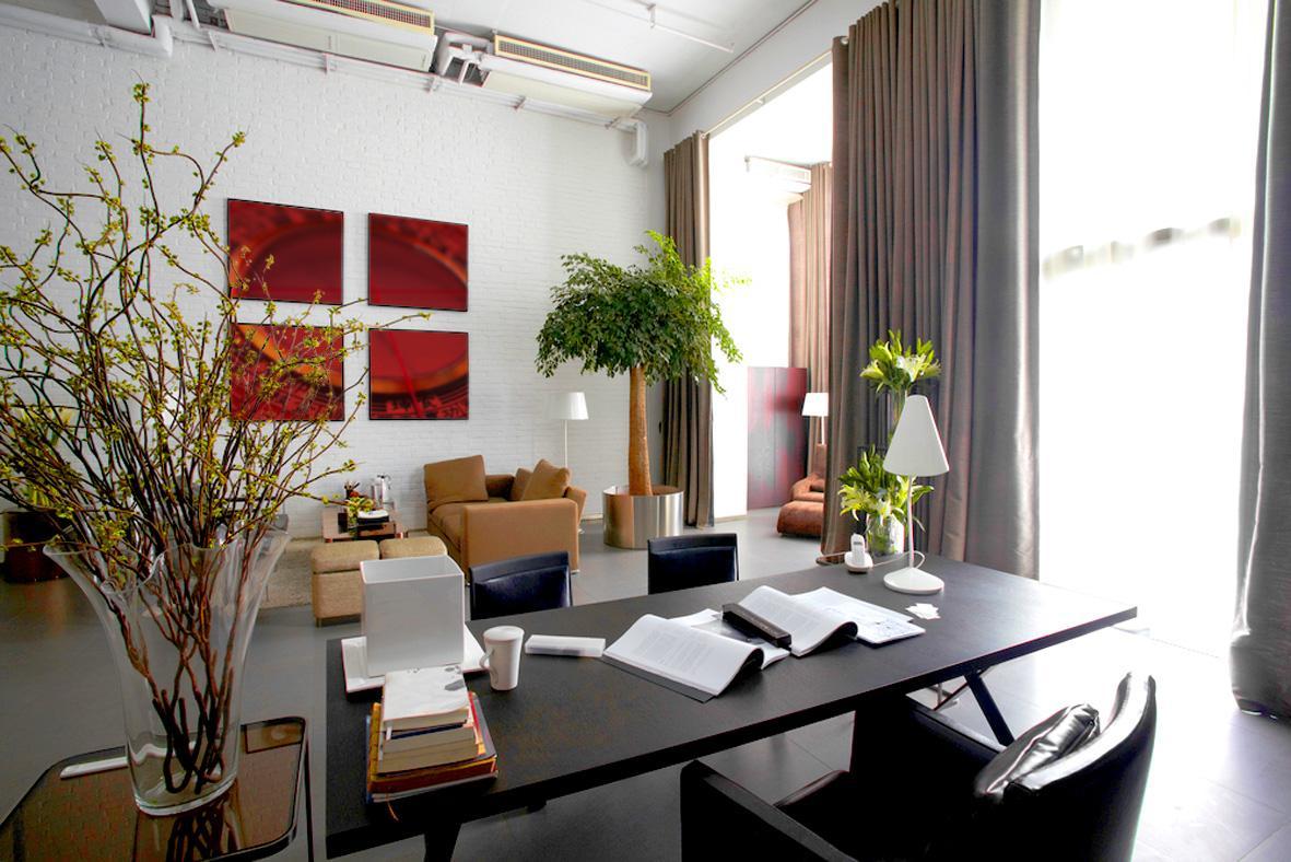 b ro mit gutem feng shui arbeitsplatz schreibtisch. Black Bedroom Furniture Sets. Home Design Ideas