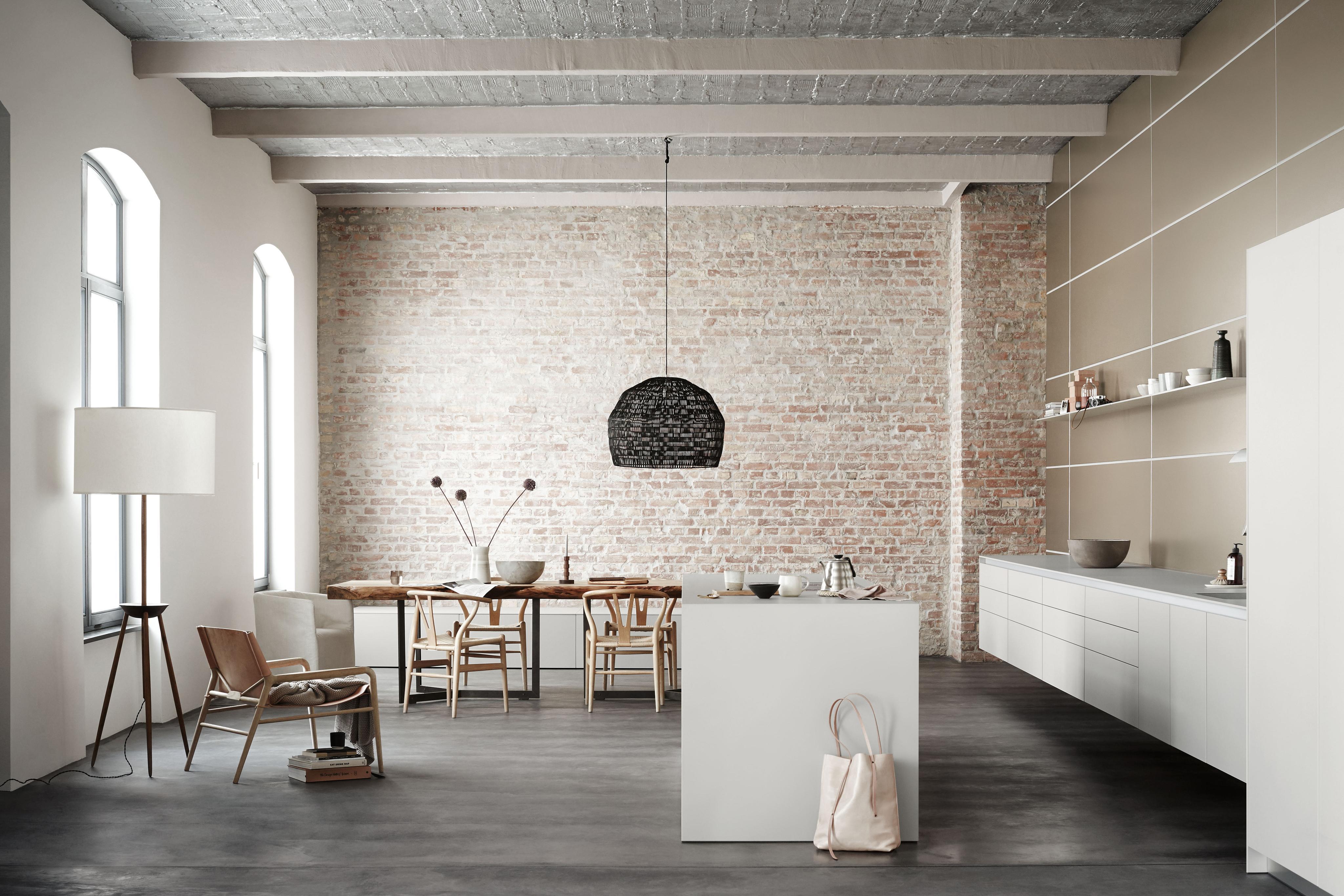 bulthaup #b3 #küche #esstisch #weißeküche #ziegelwan...
