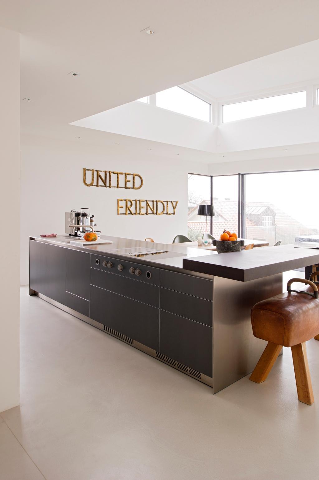 Dunkle Küche dunkle küche bilder ideen couchstyle