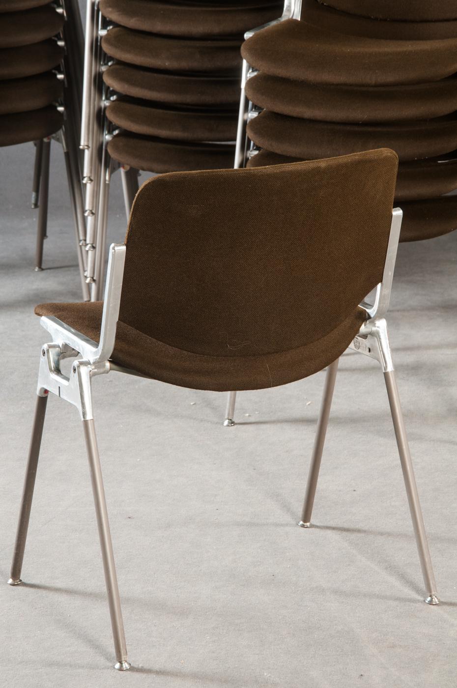 Castelli Italy 20 Stühle Stuhl Wartezimmer Caste