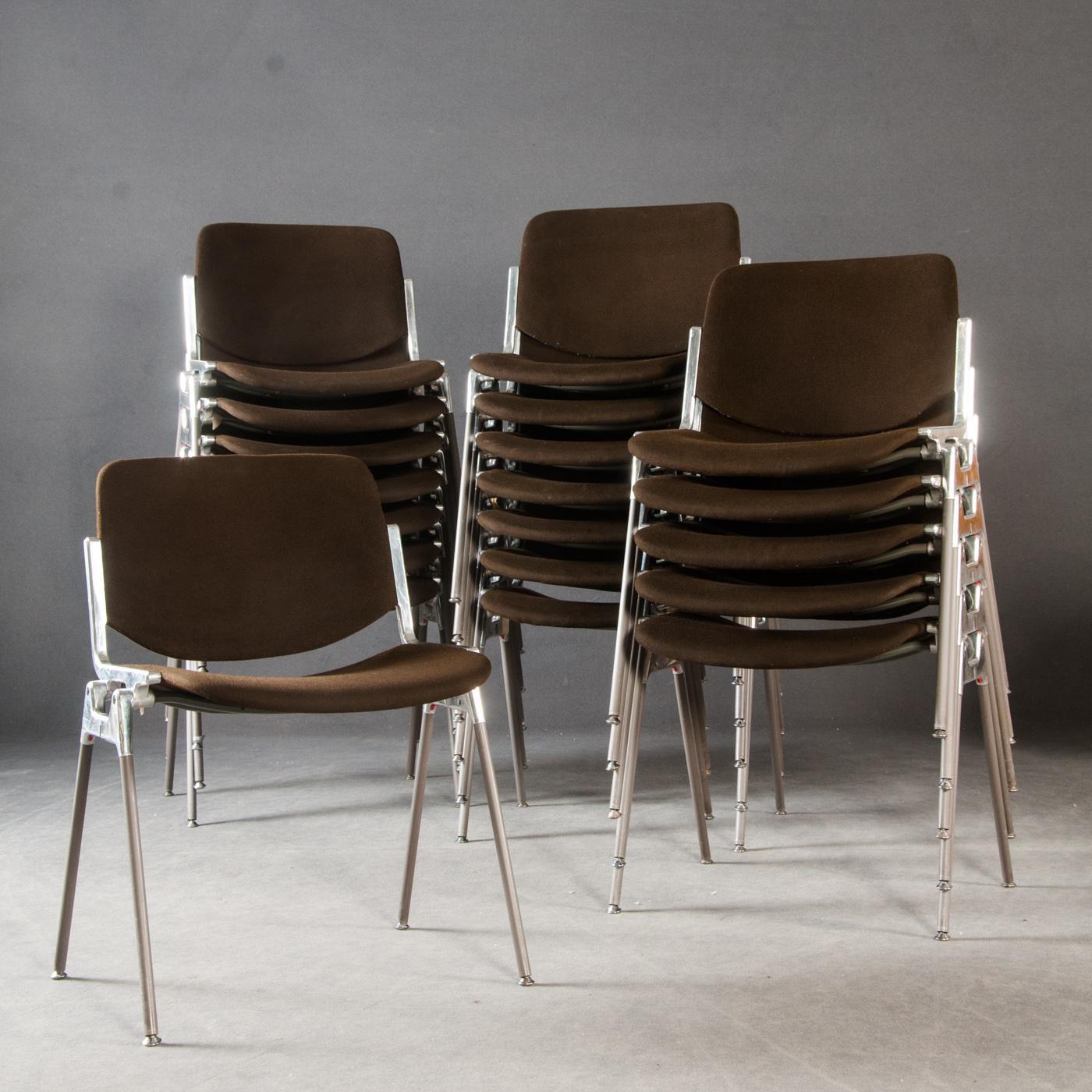 wartezimmer sthle perfect castelli italy sthle stuhl wartezimmer castelli piretti with. Black Bedroom Furniture Sets. Home Design Ideas