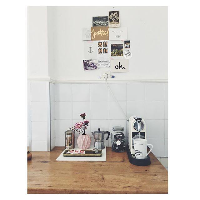 Coffee & Postcards