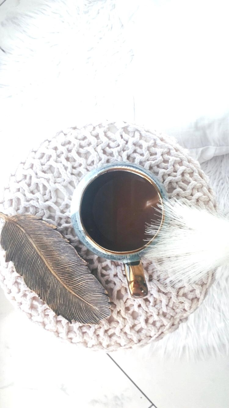 #coffeetime #interior #tablesetting #couchtime #boho #nature #woodlover #tasse