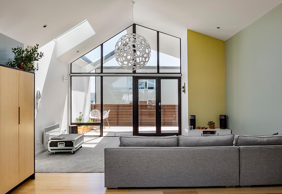 CORAL Weiß Im Wohnzimmer #wohnzimmer #pendelleuchte #restaurant #cafe  ©David Trubridge