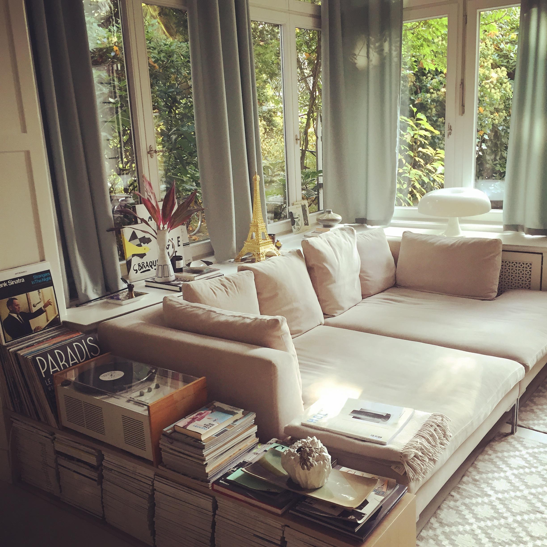 #couchstyle #wohnzimmer #lieblingsplatz #holzvertäfelung #modernewohnideen  #natuerlichewohnideen