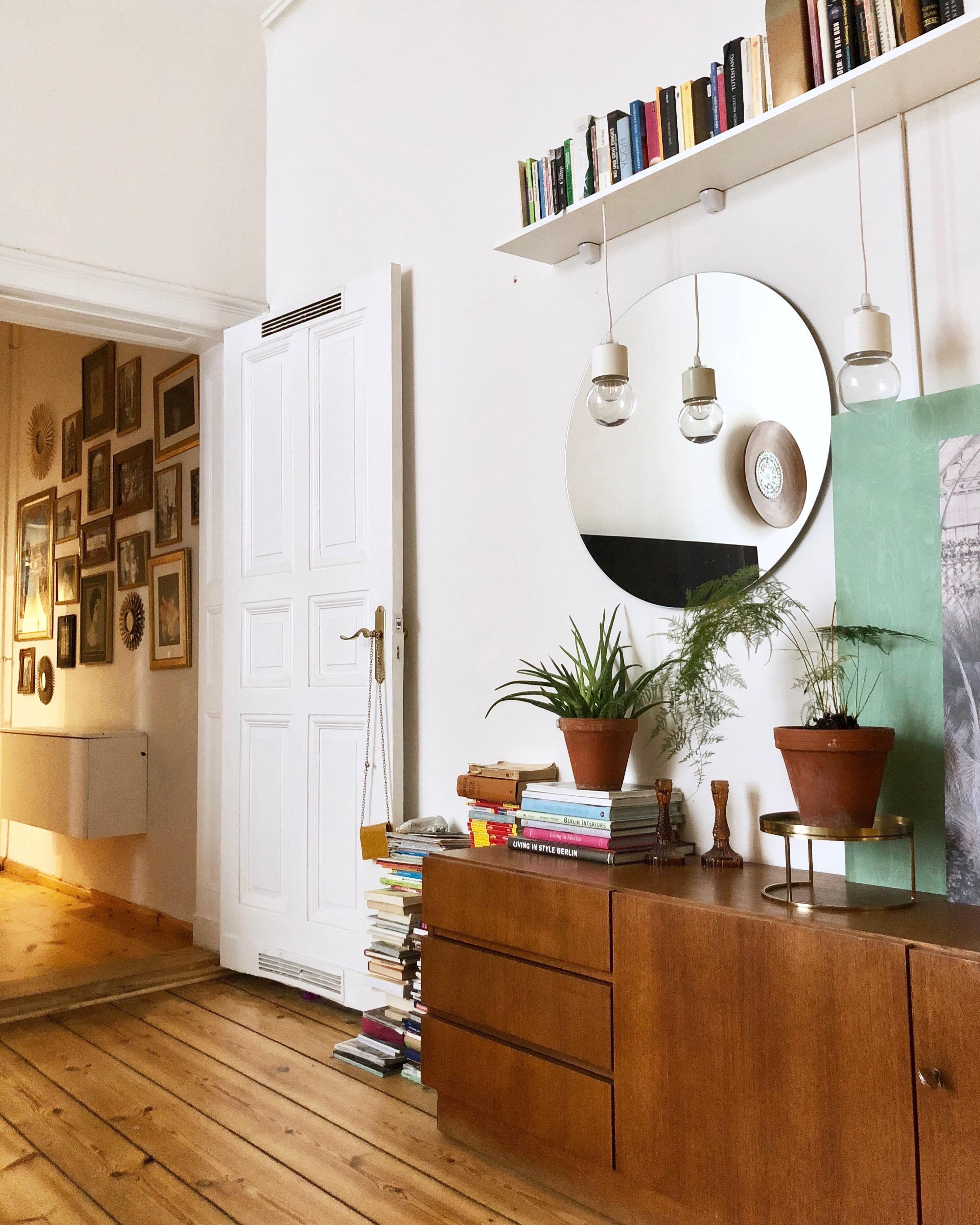 Danish Berlin Altbau Wohnzimmer Teak Couch