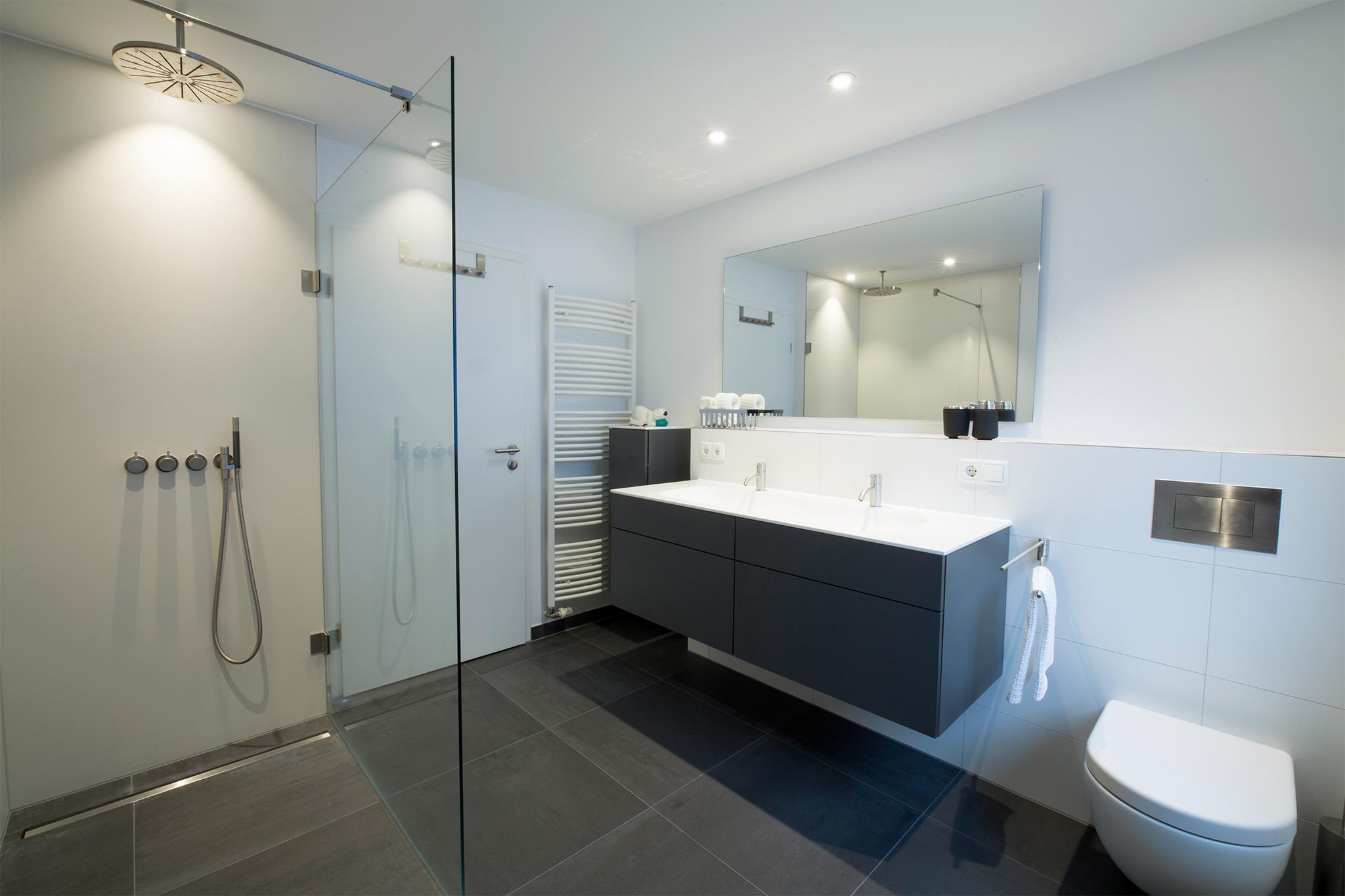 Das Bad: Alles in bester Ordnung #badezimmer #duschb...
