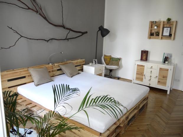 Das DIY Schlafzimmer in Wien • COUCH