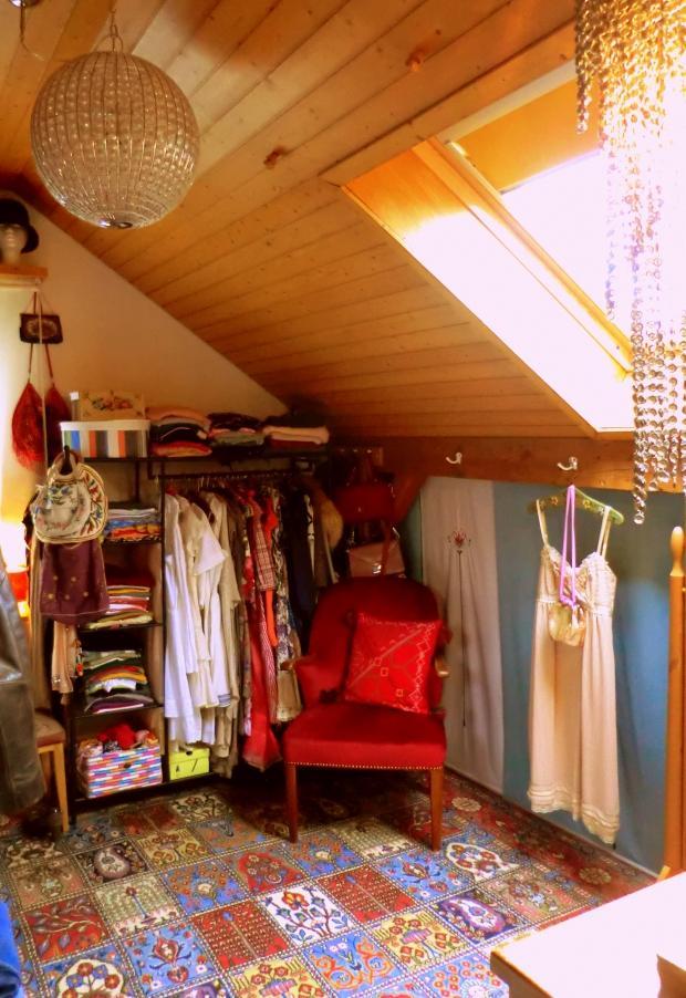 Das Zimmer, In Dem Meine Kleider Wohnen :)